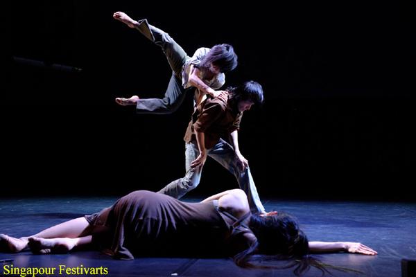 T.H.E-Dance-Company