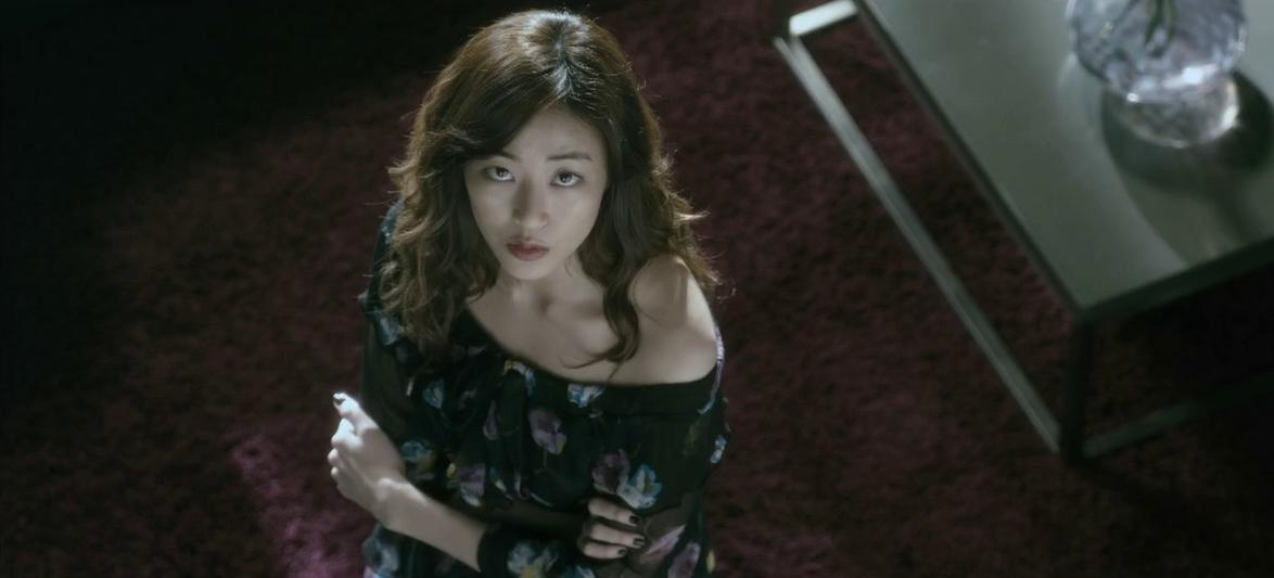Kim Hyo-jin : l'actrice la plus convaincante du film. Avec elle, tout n'est que grâce.