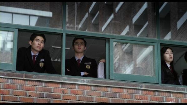 Pluto_-_Korean_Movie-0007