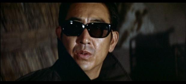 a-dvd-review-kinji-fukasaku-bakuto-gaijin-butai-sympathy-for-the-underdog-pdvd_008
