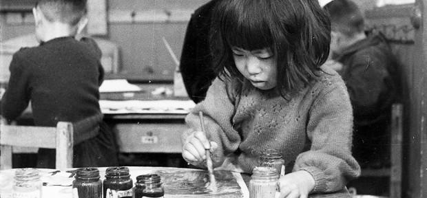 Des enfants qui dessinent