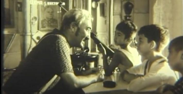 Satybaldy Narymbetov Biographie jeune accordéoniste